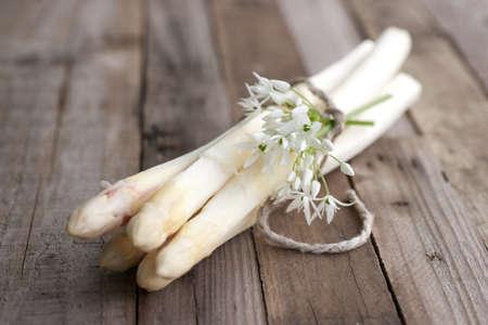 Fresh asparagus Zdjęcie Seryjne - 19970638