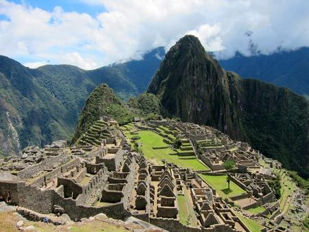 incan: Classic view of Machu Picchu, near Cuzco, Peru