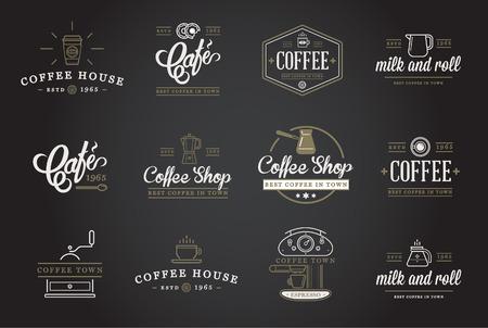 capuchinos: Conjunto de elementos del café y accesorios de café Ilustración