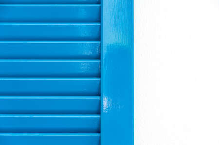 marco madera: Abstract blue window on a white wall Foto de archivo