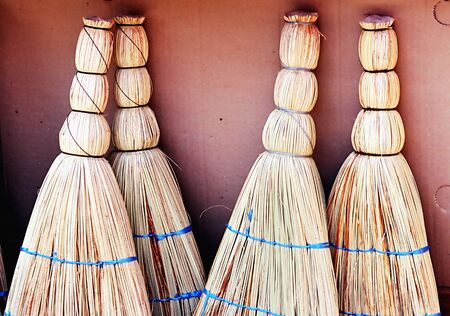 broom handle: Un conjunto de escobas  Foto de archivo