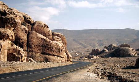 Route dans le désert, la Jordanie