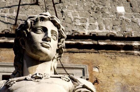 escultura romana: El original arc�ngel Miguel estatua de Raffaello da Montelupo, 1544, Castel Sant'Angelo, Roma