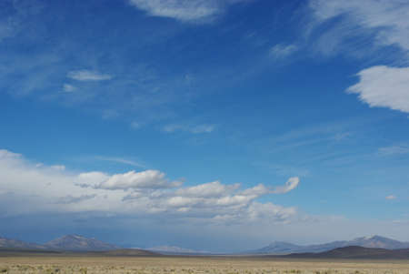 mountain ranges: Vast empty spaces and mountain ranges, Nevada desert