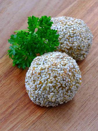 Falafelkugeln mit Sesam bedeckt Lizenzfreie Bilder