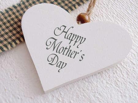 Herz aus Holz für Muttertag