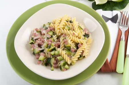 pasta a basso contenuto proteico-pasta low protein photo