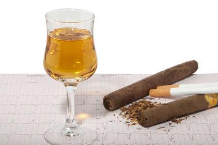 Las causas de muchas enfermedades, drogas, alcohol, fumar cigarrillos Foto de archivo - 14965072