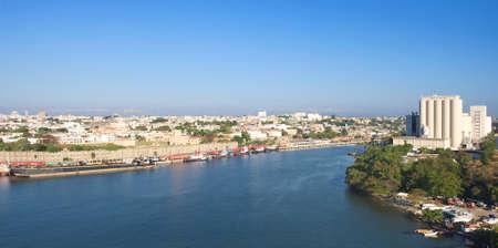 Waterkant van Santo Domingo, oever en shyline - Dominicaanse Republiek - Caraïbisch tropisch eiland