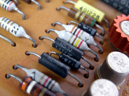 De circuito impreso con los componentes electrónicos Foto de archivo