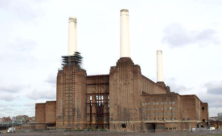powerstation: London Battersea powerstation, a landmark abandoned factory Stock Photo