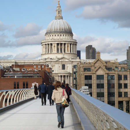 british weather: Saint Pauls Cathedral in the City of London, UK