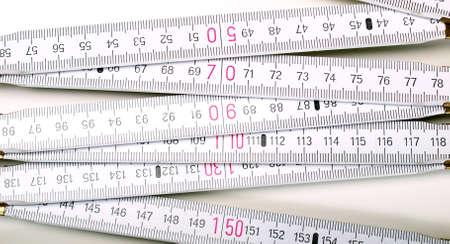 Regla de carpintería de madera para las mediciones en obra Foto de archivo - 9316041