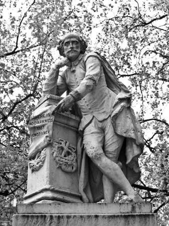 Statue of William Shakespeare (year 1874) in Leicester square, London, UK Stock Photo - 9389358