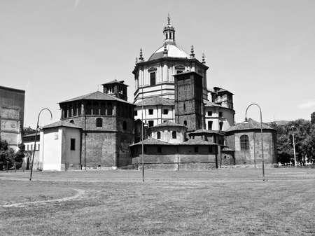 lorenzo: Basilica of San Lorenzo in Milan, Italy
