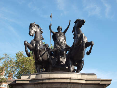 invader: Statue of Boadicea Boudicca Queen of the Iceni who died AD 61 after leading her people against the Roman invader in UK Stock Photo