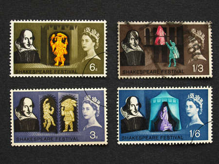 william shakespeare: LONDON, UK - SEPTEMBER 18, 2009: Range of British postage stamps with HM The Queen Elizabeth II and William Shakespeare Editorial