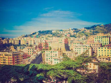 looking at view: Vintage guardando Vista della citt� di Genova in Italia