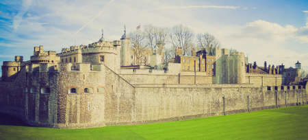 medioeval: Vintage looking Tower of London panorama, Tower Hill, London