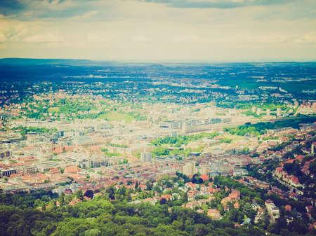 looking at view: Vintage guardando Veduta della citt� di Stoccarda in Germania Archivio Fotografico