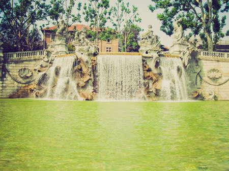 mesi: Vintage looking Fontana dei 12 Mesi, Fountain in Parco del Valentino, Turin