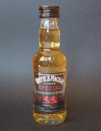 scotch whisky: GLASGOW, SCOTLAND - JANUARY 6, 2015: Bottle of Whyte and Mackay special blended scotch whisky Editorial