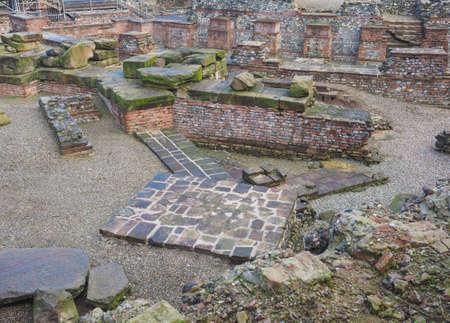 teatro antiguo: Ruinas del antiguo teatro romano en Tur�n, Italia