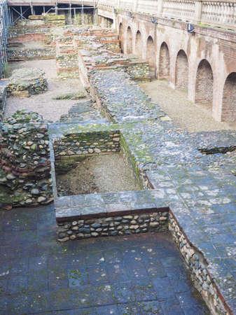 teatro antiguo: Ruinas del antiguo teatro romano en Tur�n Italia