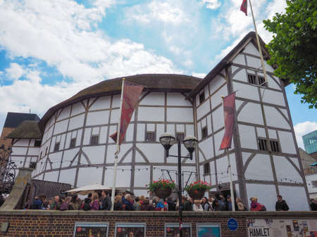 globe theatre: LONDON, UK - JUNE 10, 2015: The Shakespeare Globe Theatre
