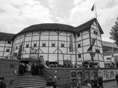 globe theatre: LONDON, UK - JUNE 10, 2015: The Shakespeare Globe Theatre in black and white
