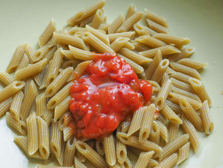 tomato sauce: Pasta de Penne con salsa de tomate
