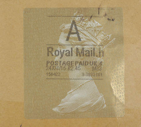 queen elizabeth ii: LONDON, UK - CIRCA AUGUST, 2015: A stamp printed by United Kingdom mail services shows Her Majesty the Queen Elizabeth II
