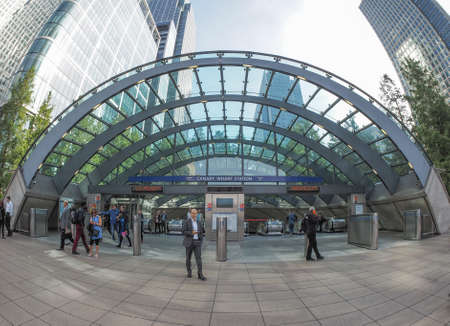 tube station: LONDON, UK - SEPTEMBER 29, 2015: The Canary Wharf tube station serves the largest business district in the United Kingdom