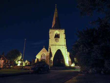 arden: Parish Church of St Mary Magdalene in Tanworth in Arden, UK at night