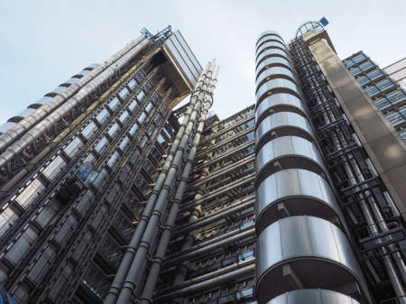 richard: LONDON, UK - SEPTEMBER 29, 2015: Lloyd of London is an iconic high tech skyscraper designed by architect Richard Rogers Editorial