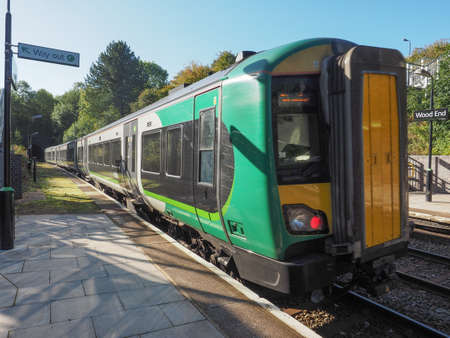 arden: TANWORTH IN ARDEN, UK - SEPTEMBER 25, 2015: London Midland train at Wood End railway station on the Stratford upon Avon to Birmingham route known at the Shakespeare Line Editorial