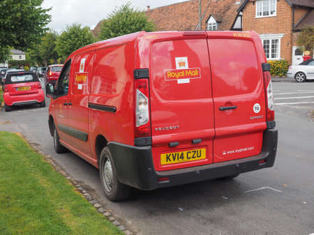 royal mail: TANWORTH IN ARDEN, UK - SEPTEMBER 25, 2015: Red Royal Mail van Editorial