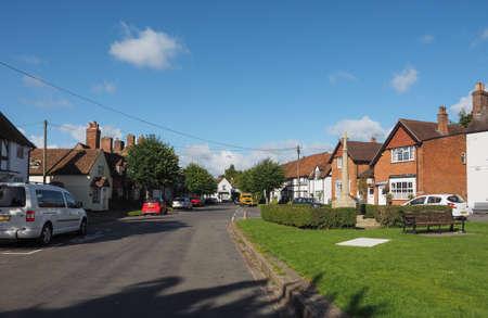 arden: TANWORTH IN ARDEN, UK - SEPTEMBER 25, 2015: The Village Green Editorial