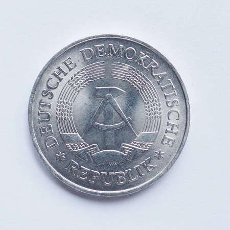 ddr: Vintage DDR (German Democratic Republic) 1 mark coin
