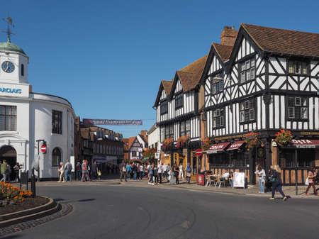 william shakespeare: STRATFORD UPON AVON, UK - SEPTEMBER 26, 2015: Tourists visiting the city of Stratford, birthplace of William Shakespeare