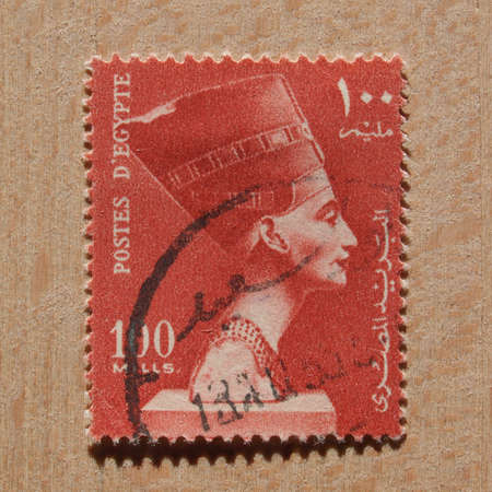 queen nefertiti: CAIRO, EGYPT - NOVEMBER 21, 2015: A stamp printed by Egypt shows the Queen Nefertiti wife of Egyptian Pharaoh Akhenaten