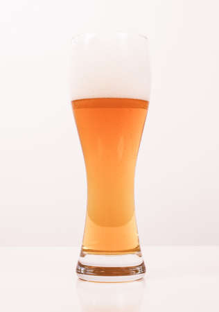 bier: Vintage looking A glass of German weiss weizen beer Stock Photo