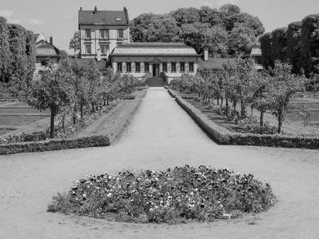 garten: Prinz Georg Garten in Darmstadt in Germany in black and white