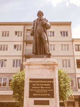 gutenberg: Gutenberg statue monument in Mainz in Germany vintage
