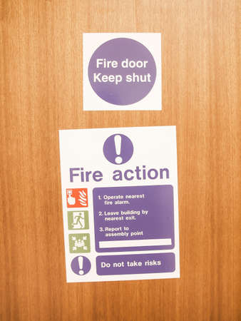 assembly point: Fire door keep shut - with fire action sign vintage