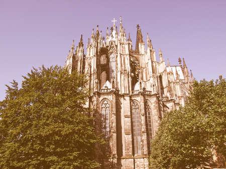 dom: Koelner Dom (cathédrale de Cologne) dans Koelne, Allemagne millésime