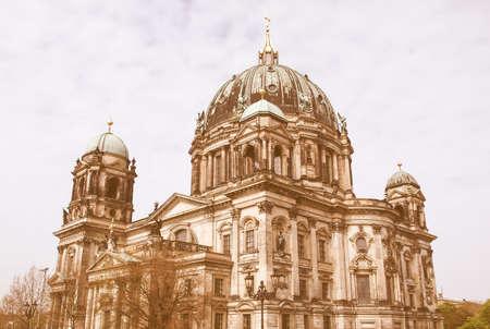 dom: Berliner Dom, cathédrale, église à Berlin, Allemagne millésime