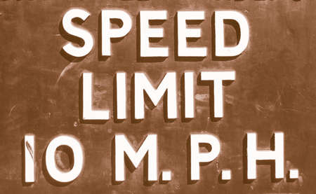 mph: A traffic sign speed limit 10 mph vintage Stock Photo
