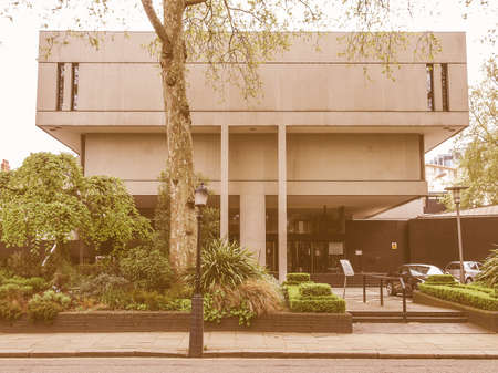 sir: LONDON, ENGLAND, UK - MARCH 05, 2009: The Royal College Of Physicians designed in 1964 by Sir Denys Lasdun is a masterpiece of new brutalist architecture vintage Editorial