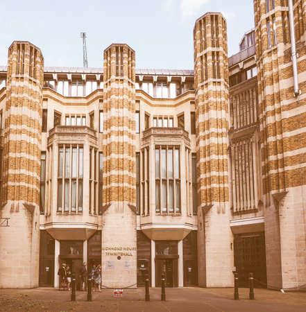 ondon: The Barbican Centre iconic new brutalist architectu in Ondon, UK vintage